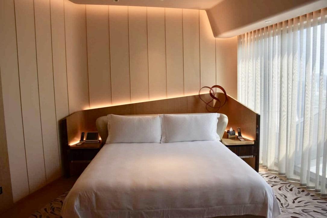 Morpheus Hotel Premier King bed
