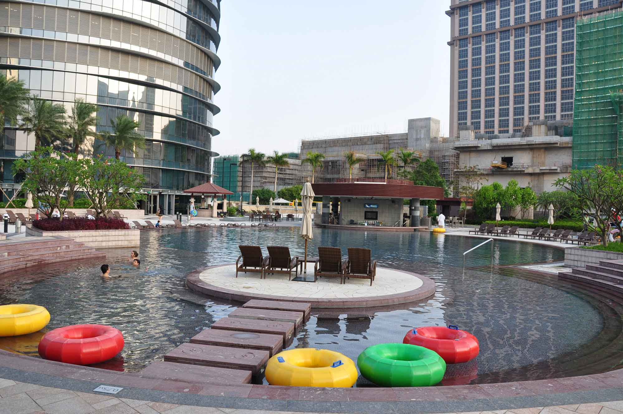 Hard Rock outdoor pool