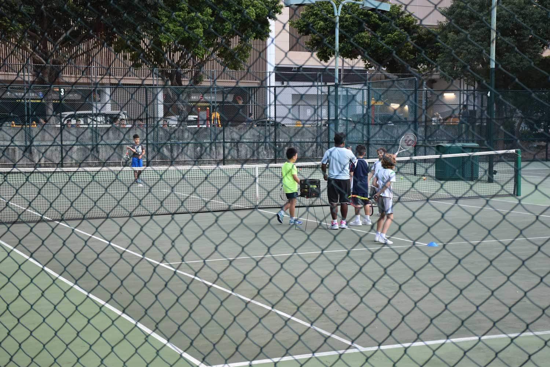 Regency Art Hotel tennis courts