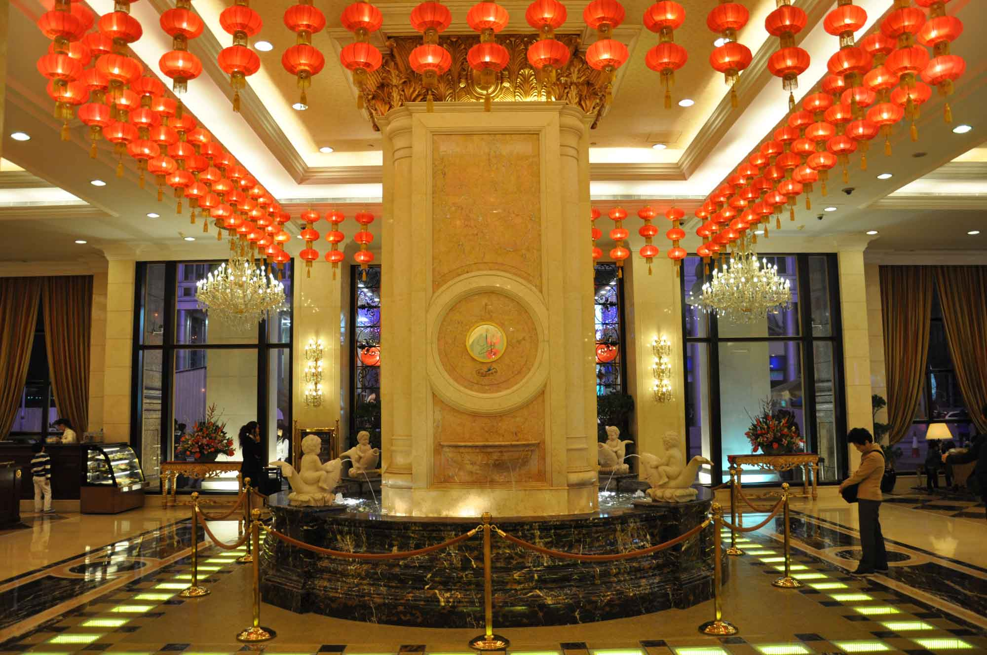 Grand Emperor Hotel lobby with red lamps