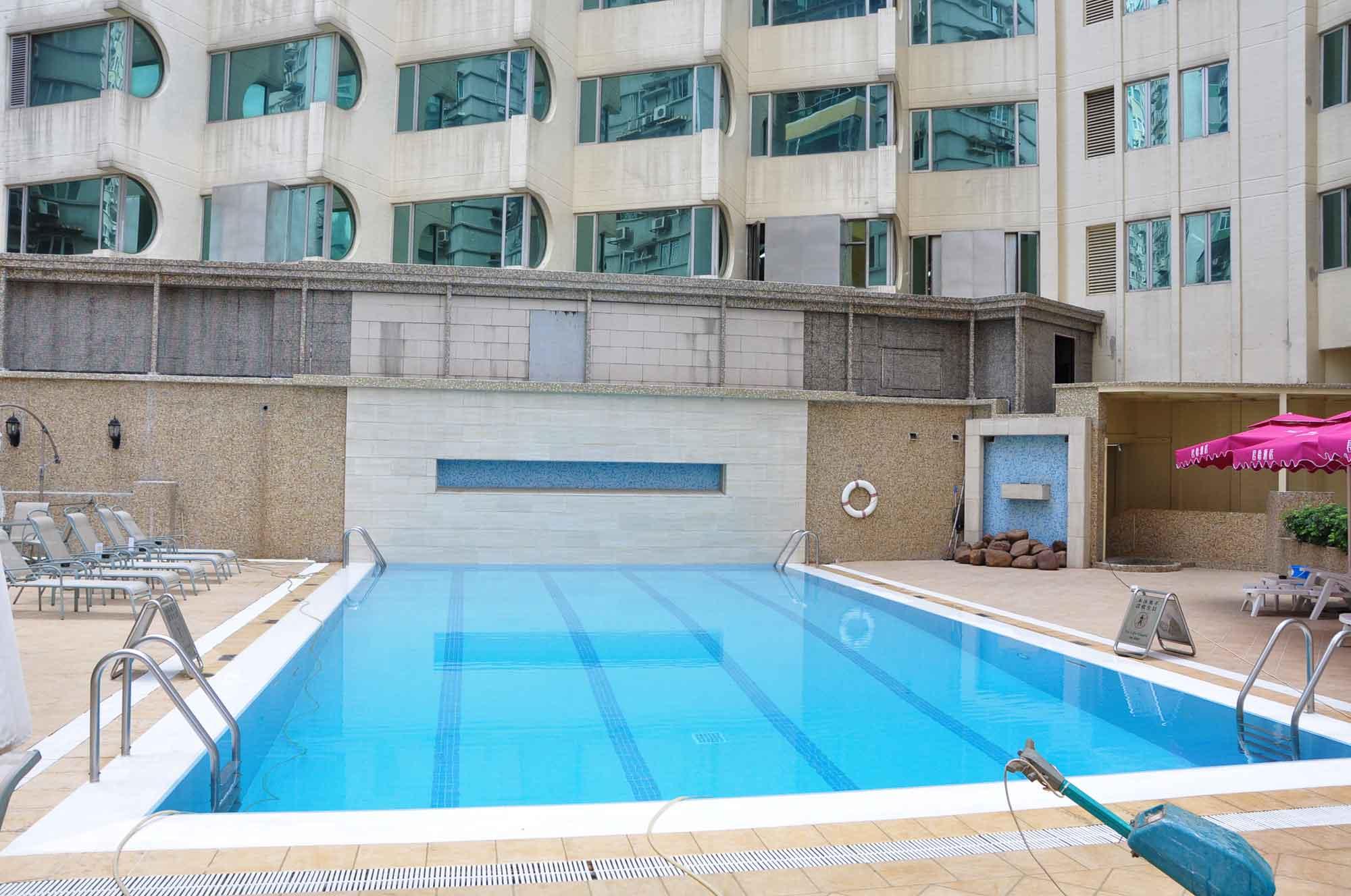 Grandview Hotel Macau swimming pool