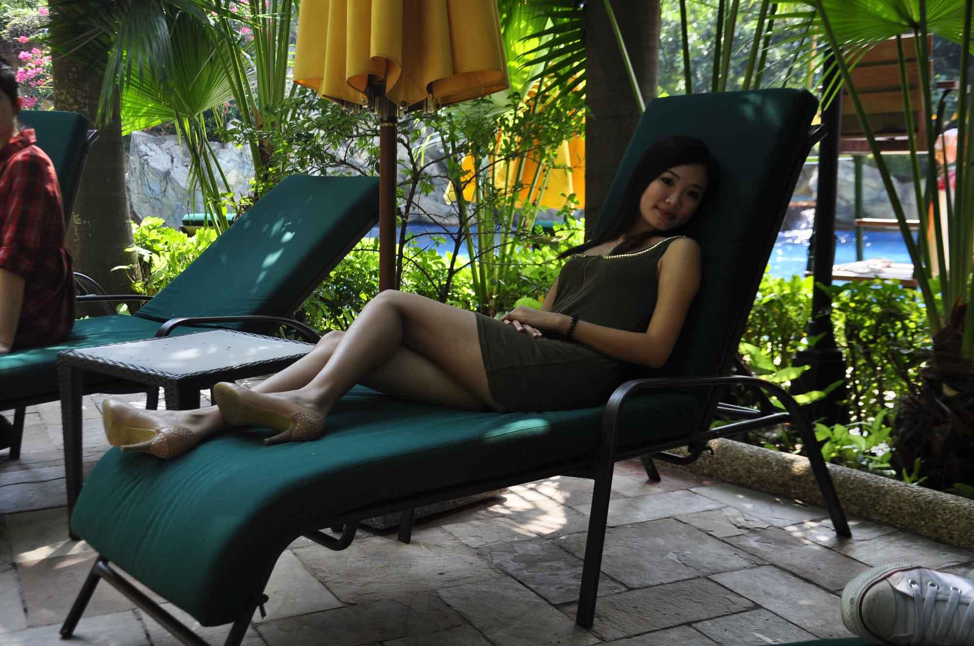 Grand Lapa Macau outdoor pool chairs