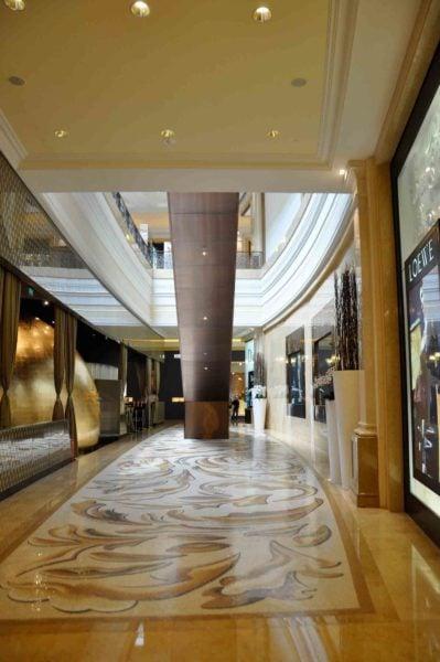 Shoppes at Four Seasons Macau escalator