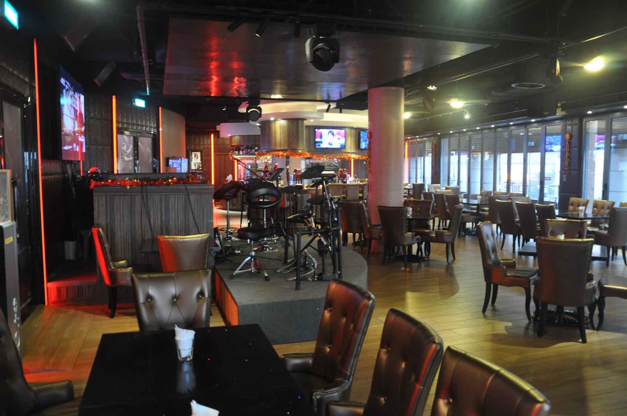 Paradise Kampek Bar