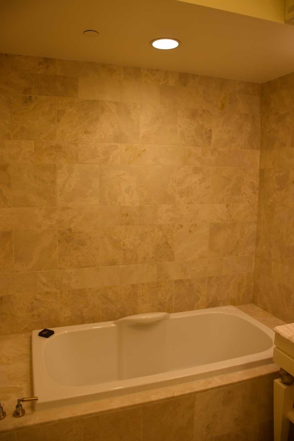 Wynn Macau Deluxe King bathtub