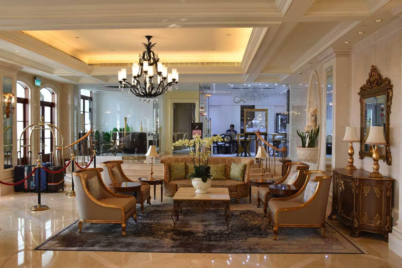 Rocks Hotel lobby
