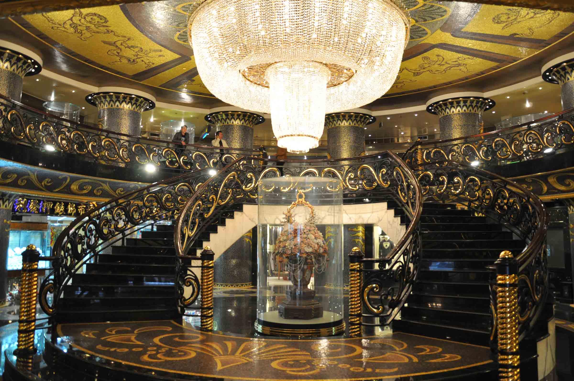 Lisboa Hotel staircase