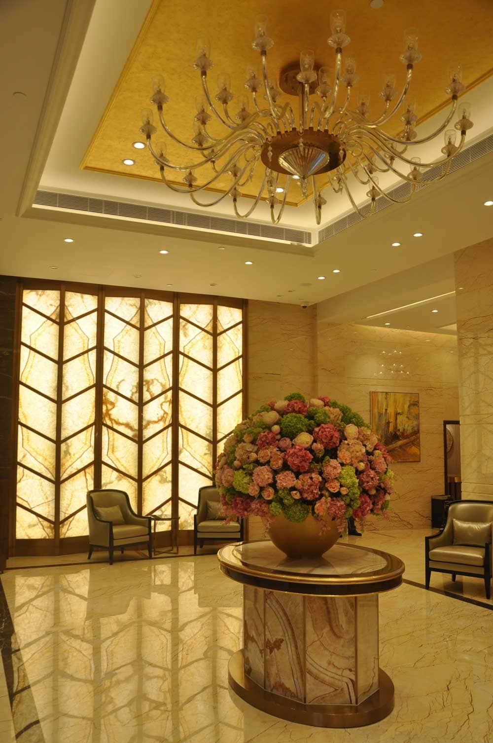 Hotel Royal Dragon Lobby