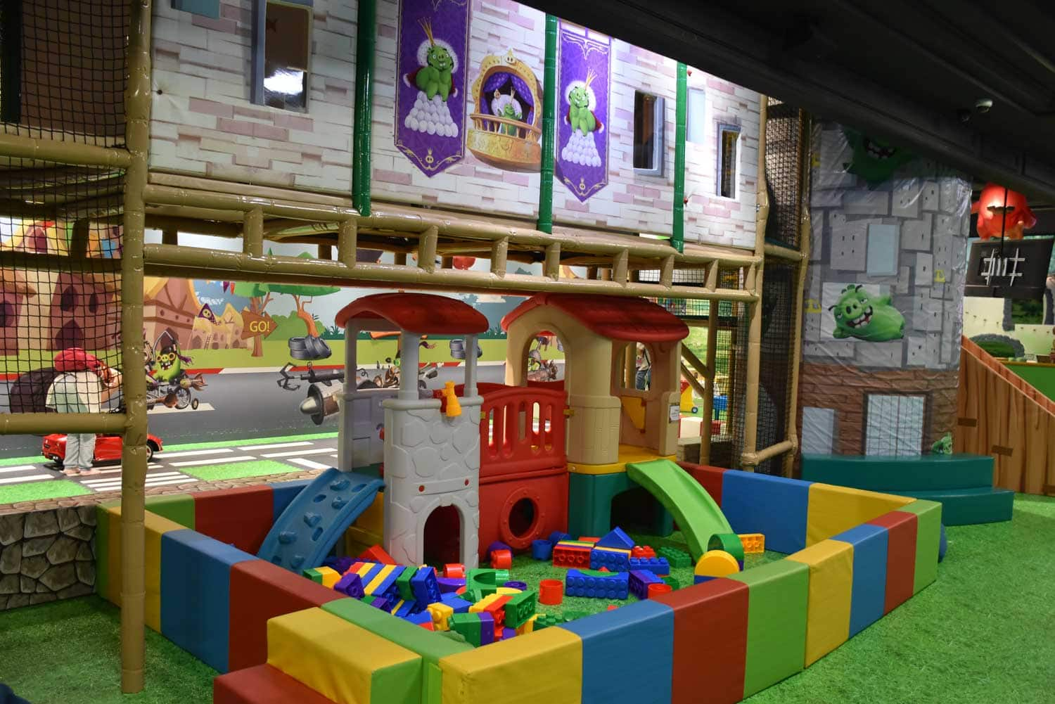 Sofitel Macau Angry Birds Play Center lego blocks