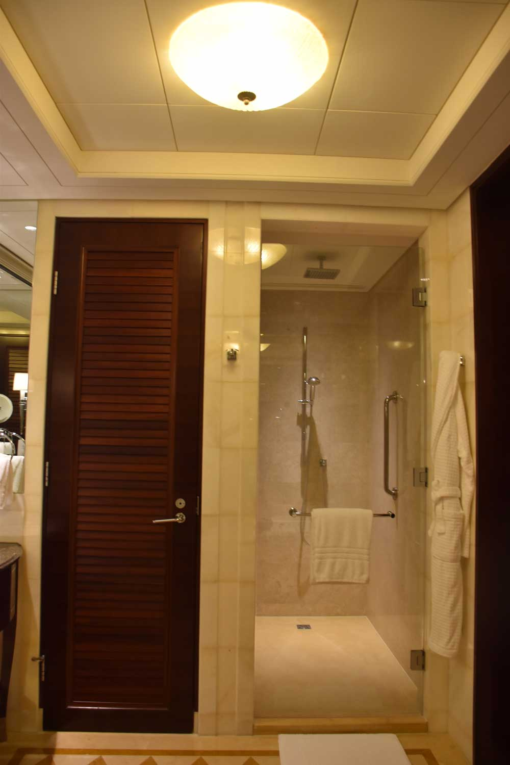 Four Seasons Macau Deluxe Room stand up shower