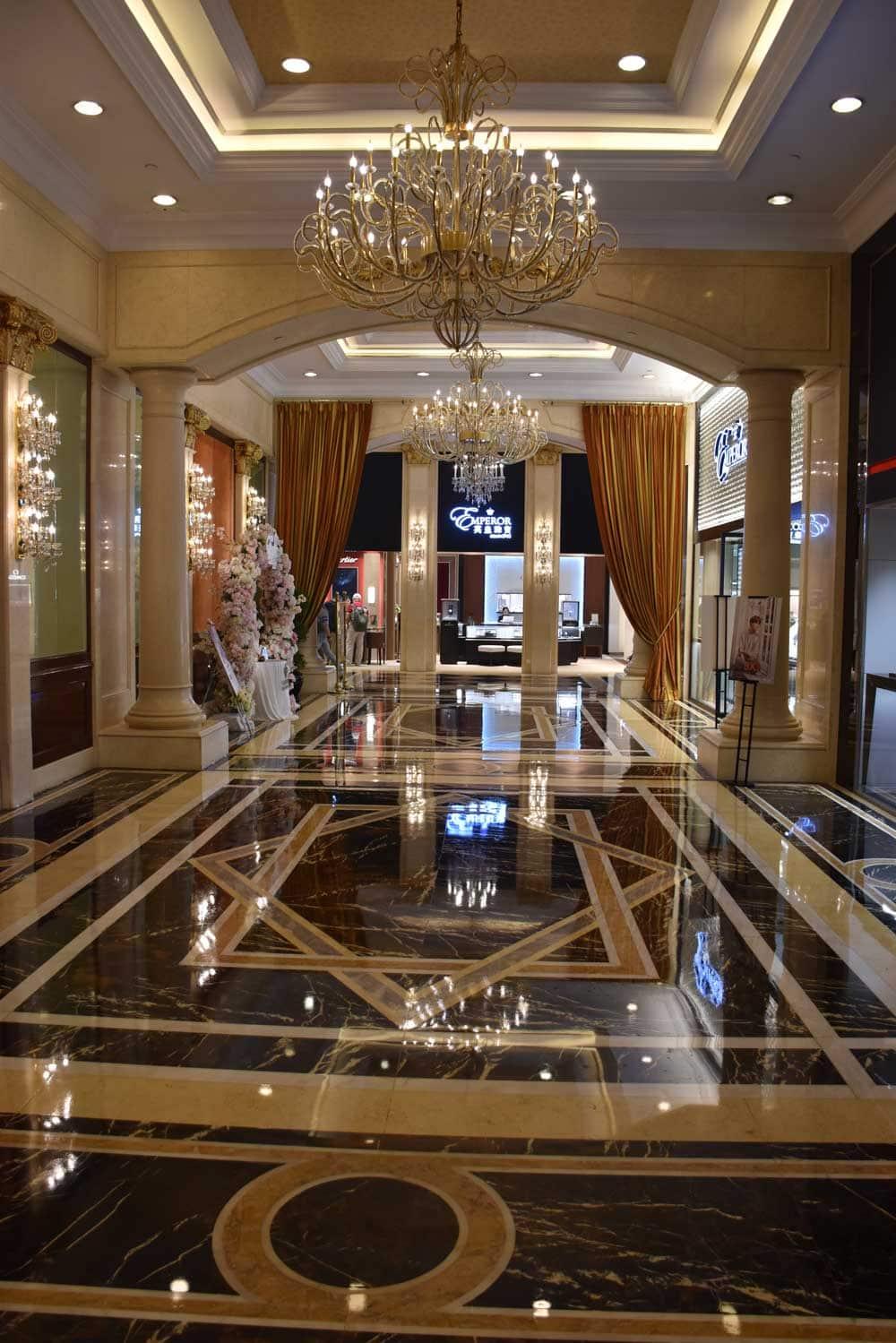 Grand Emperor Hotel hallway