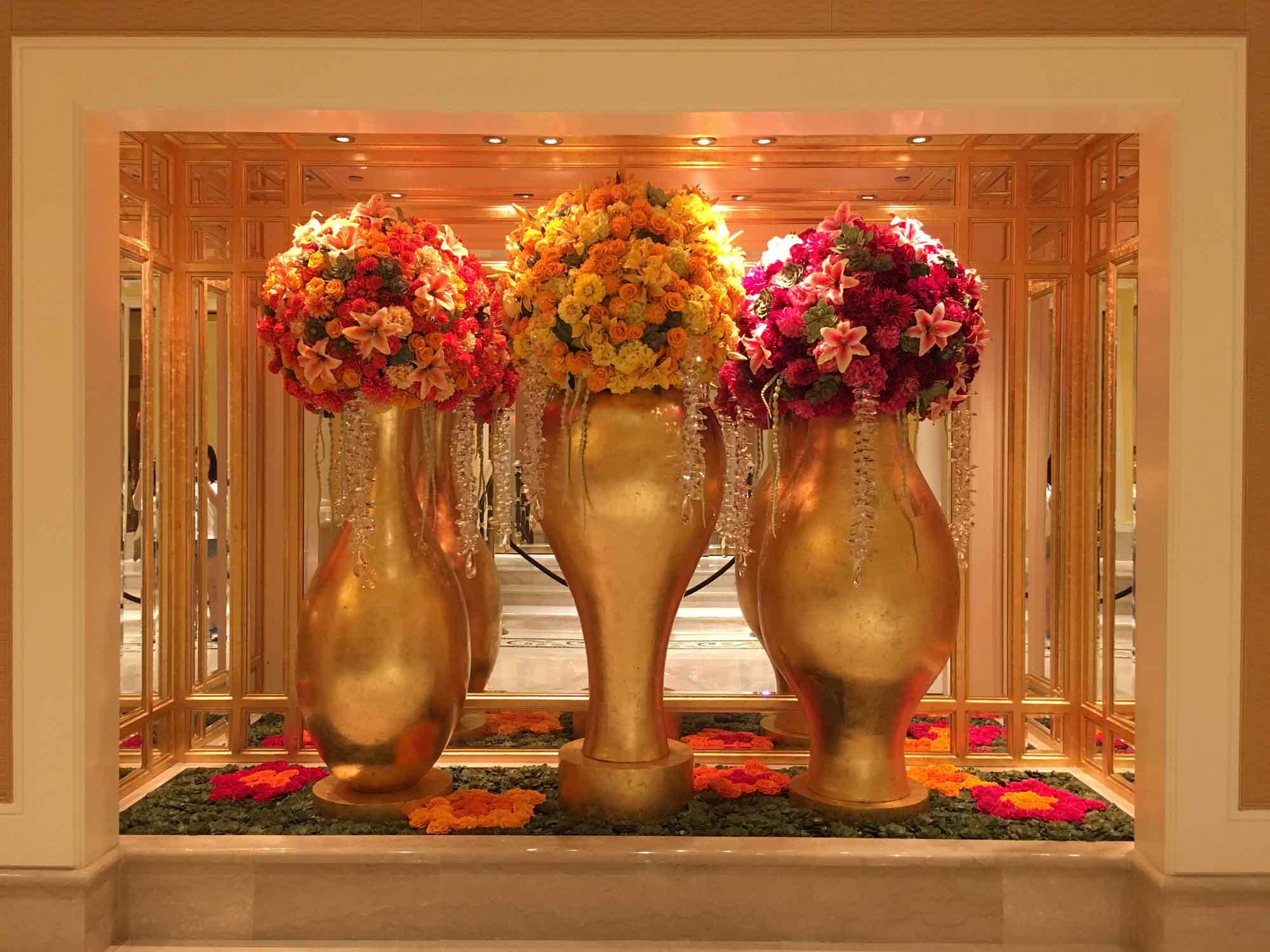 Wynn Macau vases