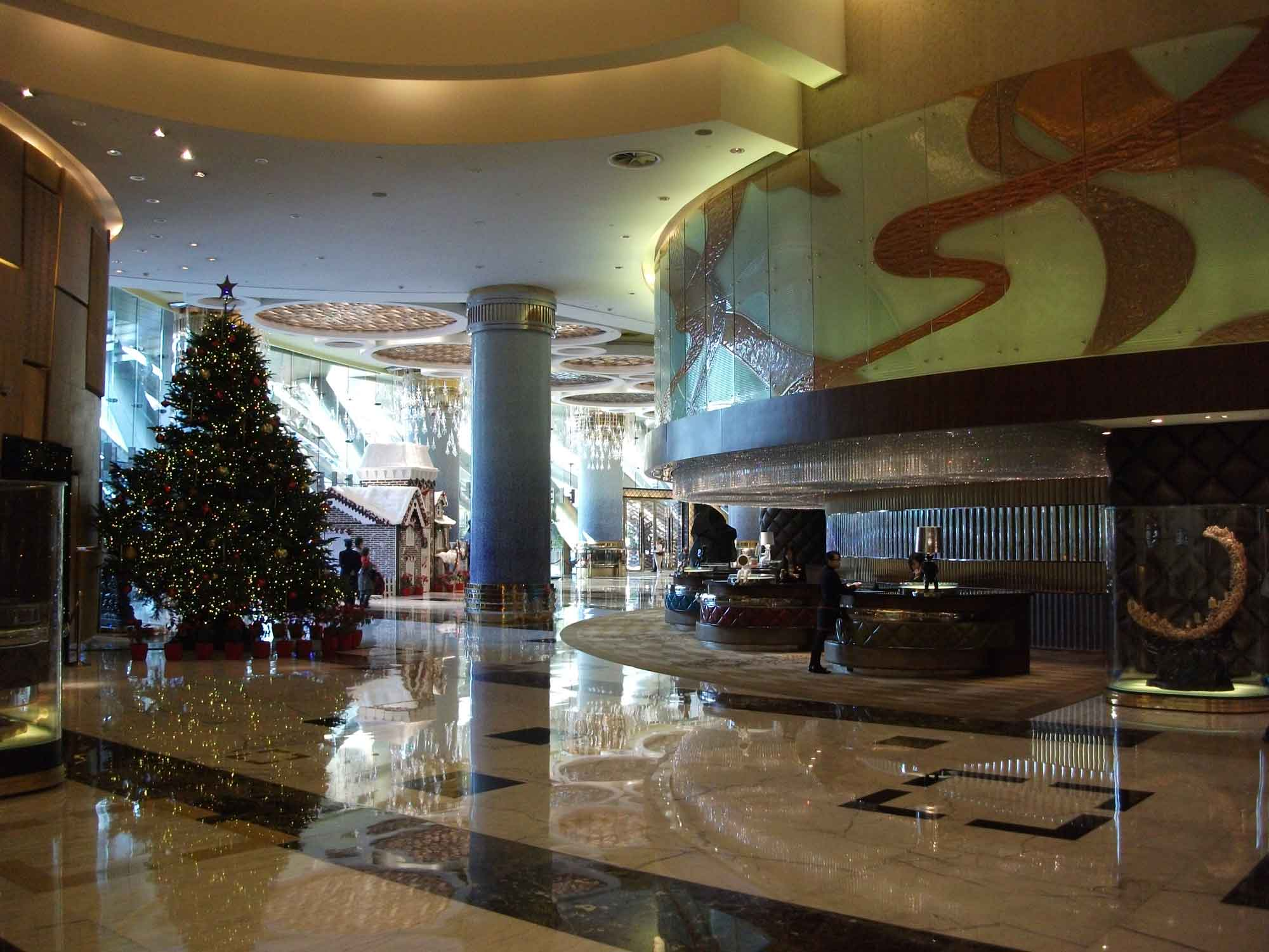 Grand Lisboa lobby with Christmas tree