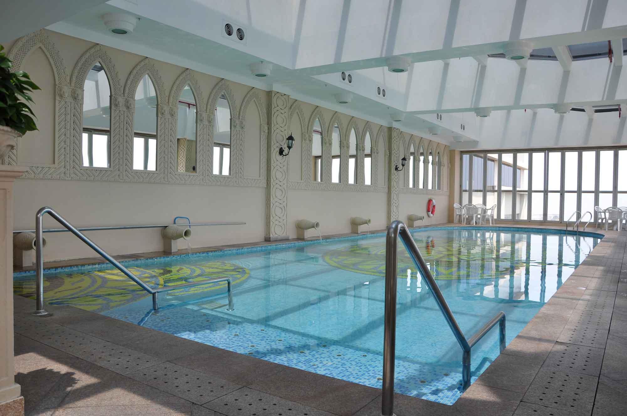 Rio Macau pool