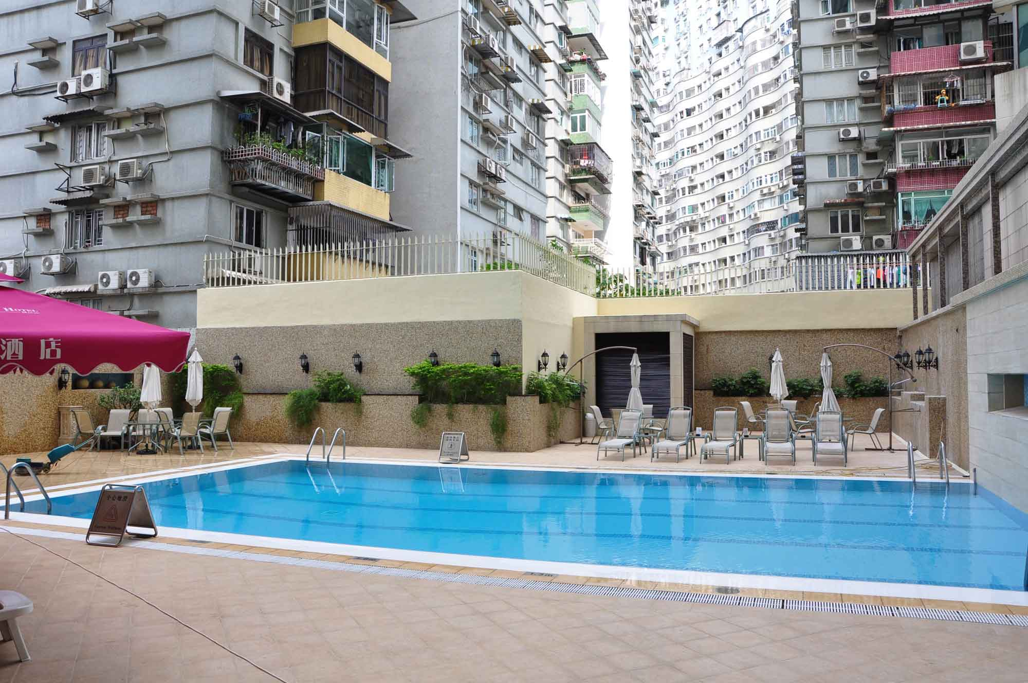 Grandview Hotel Macau outdoor pool and deck