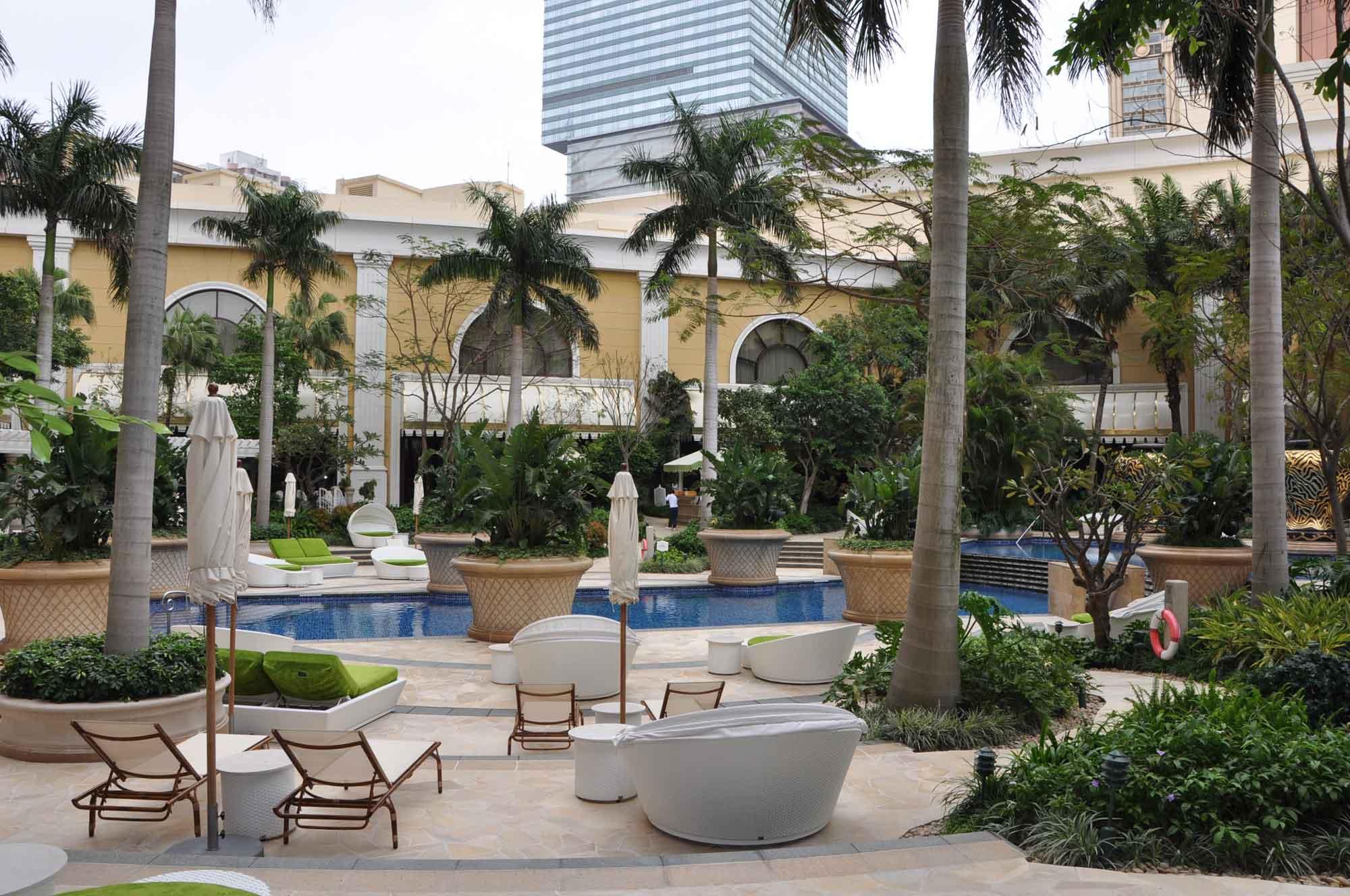 Wynn Macau deck and pool