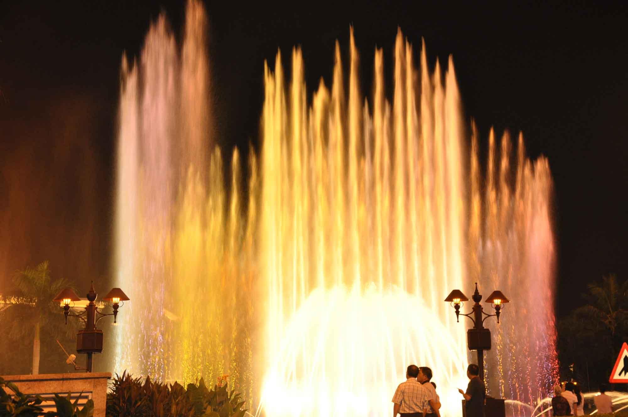 Wynn Macau night watershow