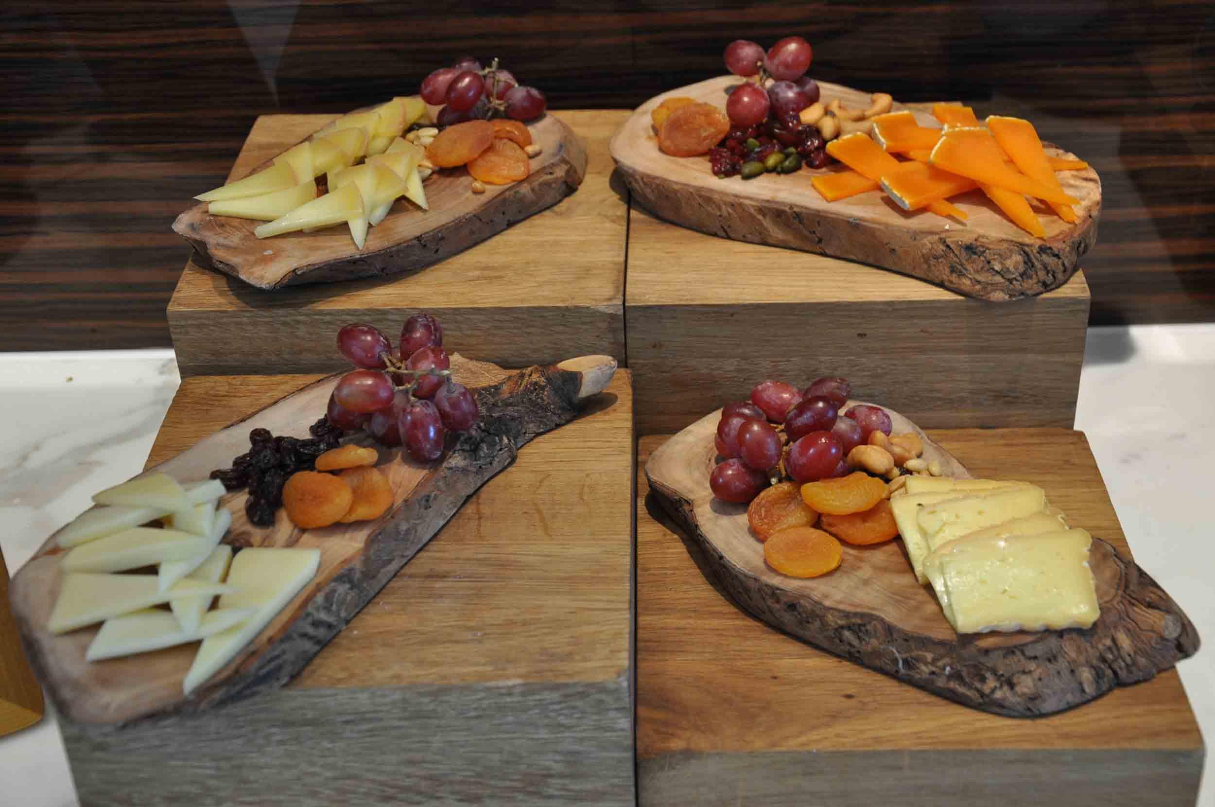 Ritz-Carlton Macau Club Lounge buffet cheese station