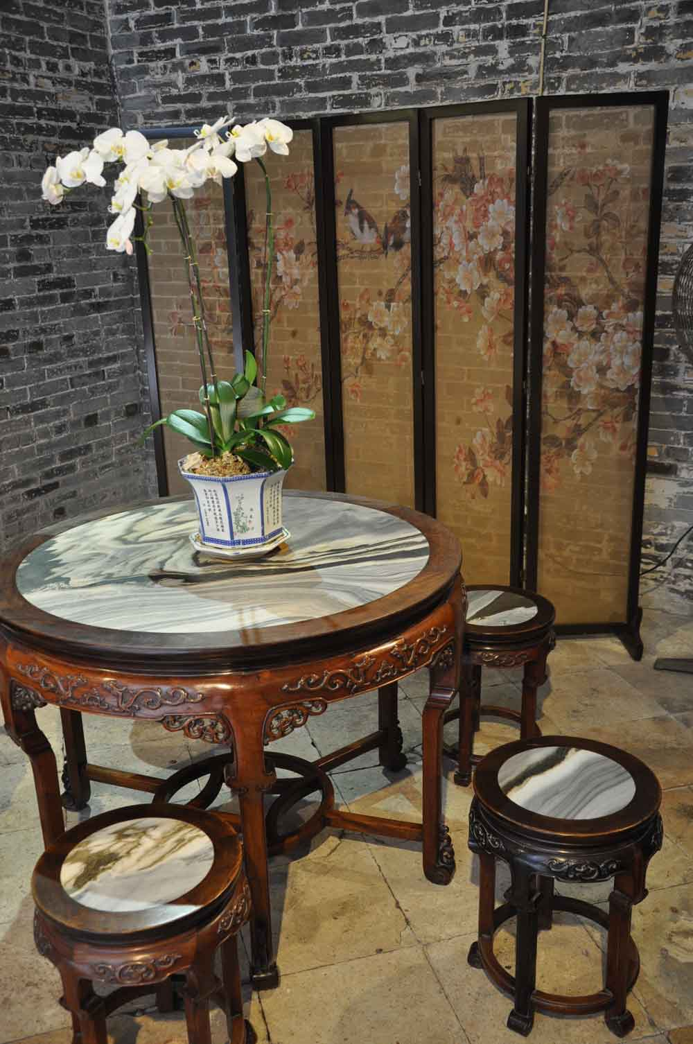 Lou Kau Mansion Macau table and ping feng