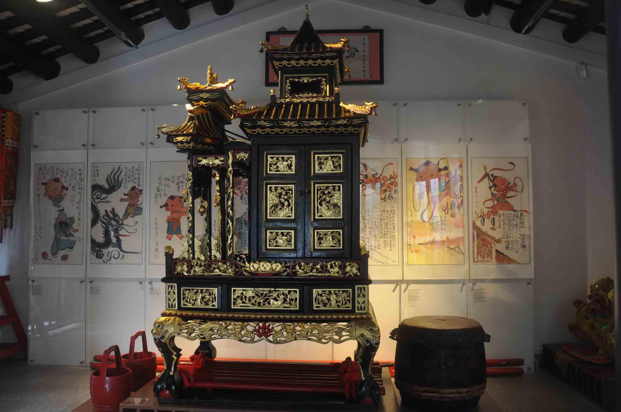 Na Tcha Temple museum