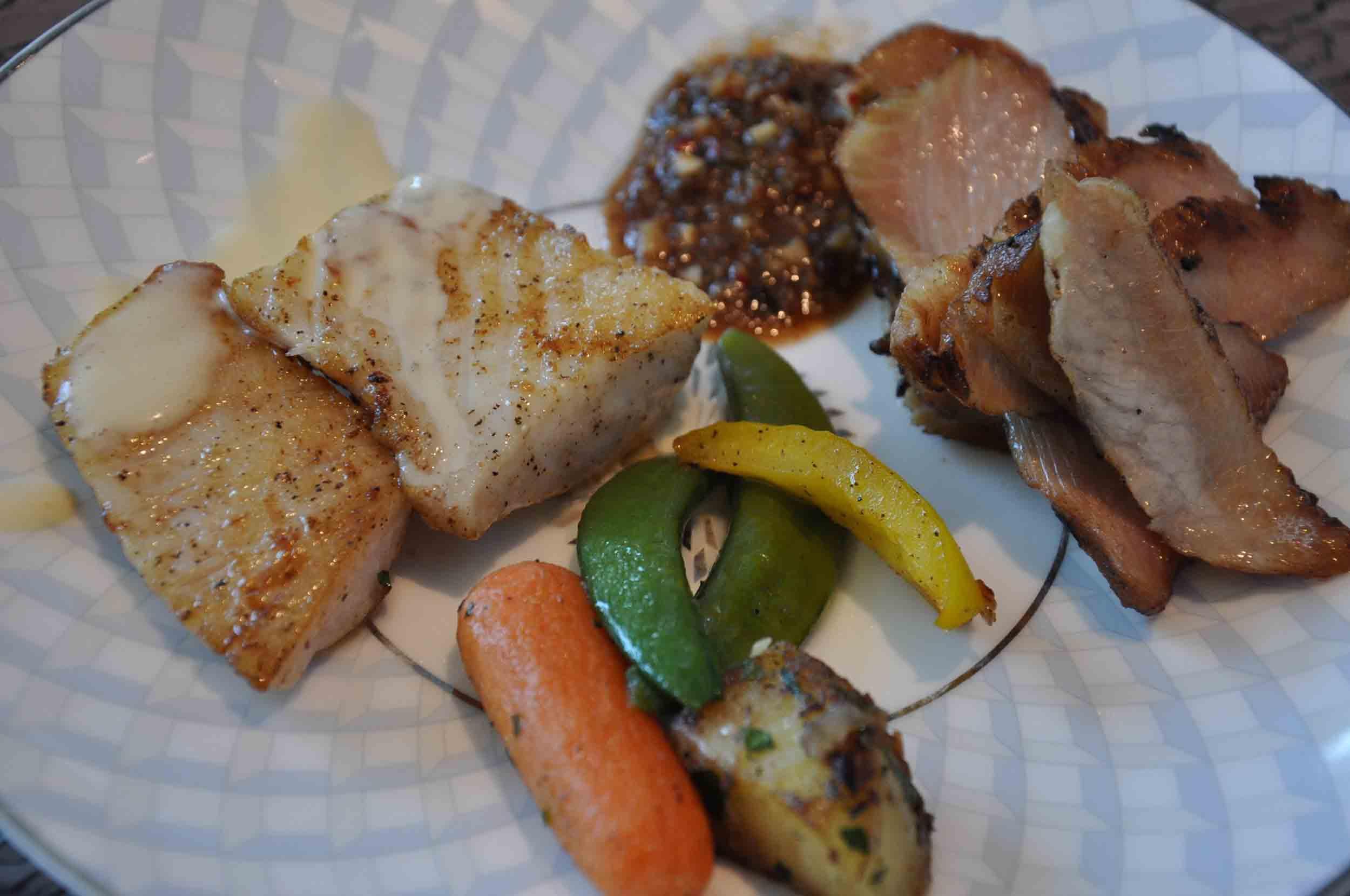 Ritz-Carlton Macau Club Lounge lunch presentation