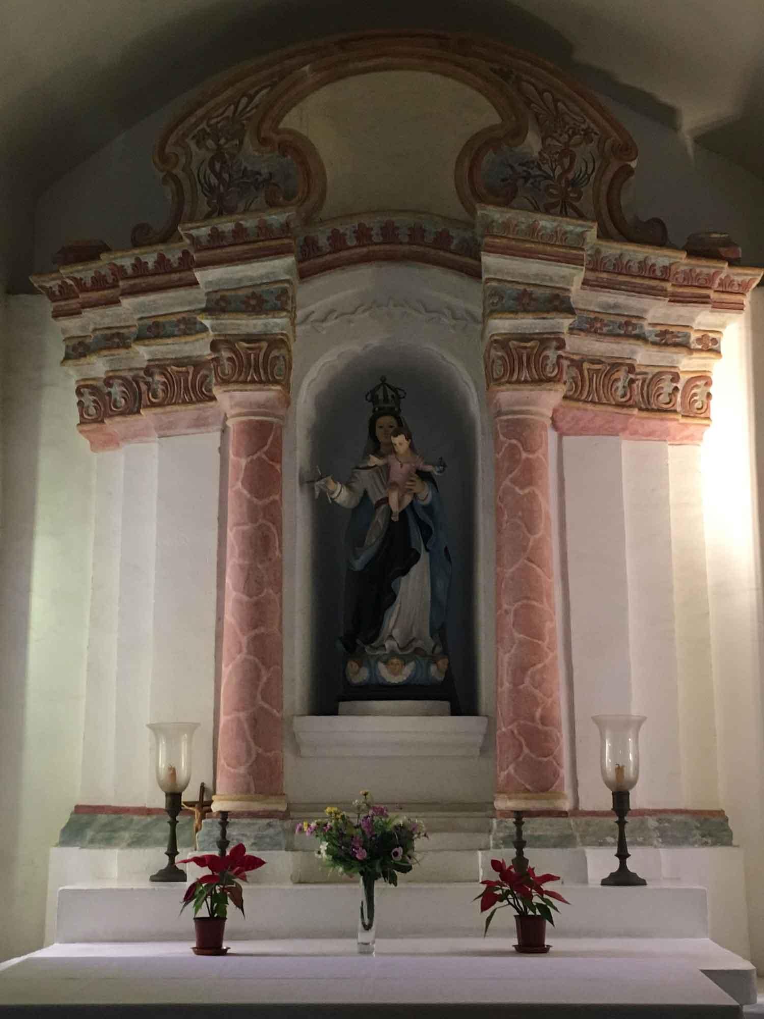 Guia Chapel main altar