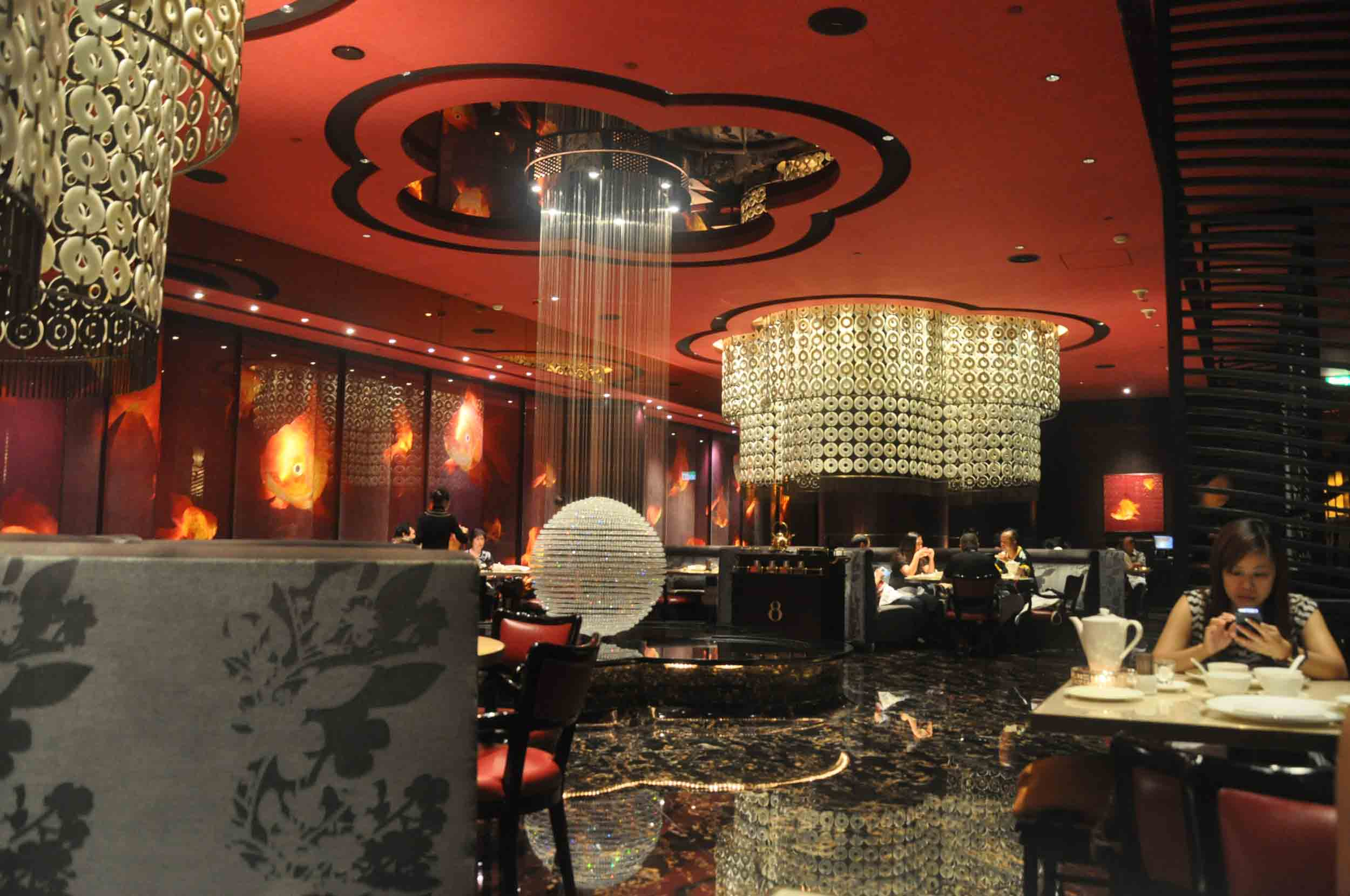 8 Restaurant Macau interior