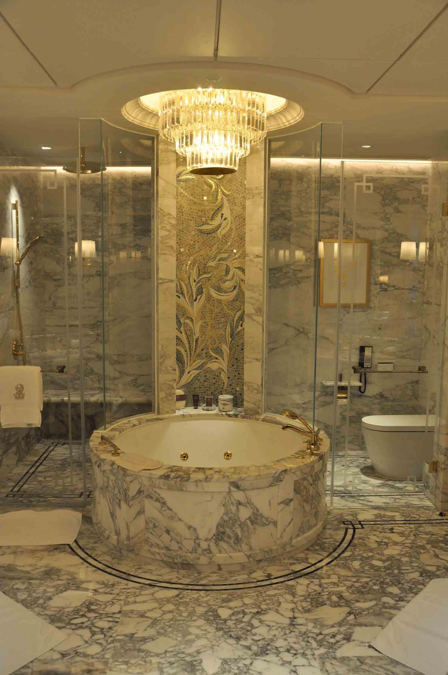 Ritz-Carlton Macau Premier Suite bathroom