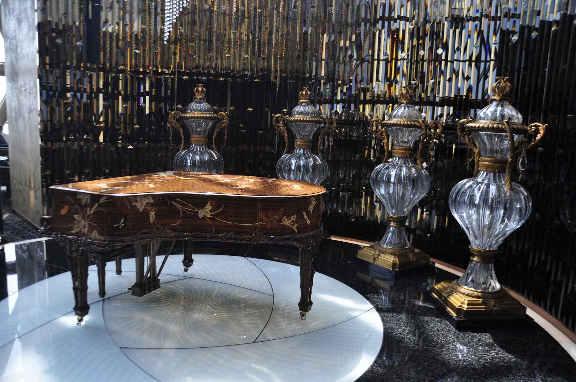 Robuchon Au Dome piano