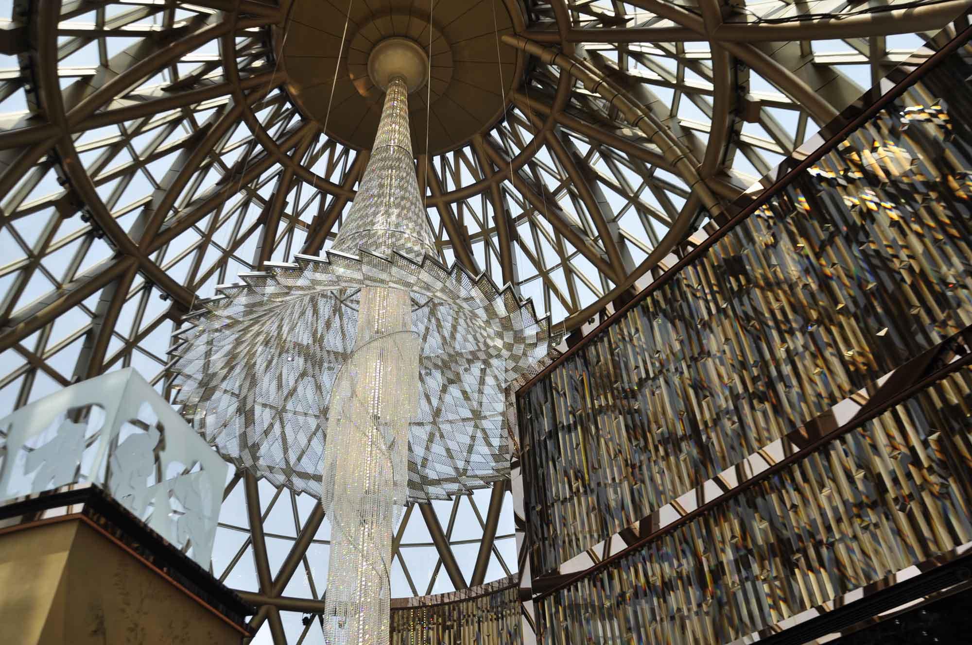 Robuchon Au Dome chandelier