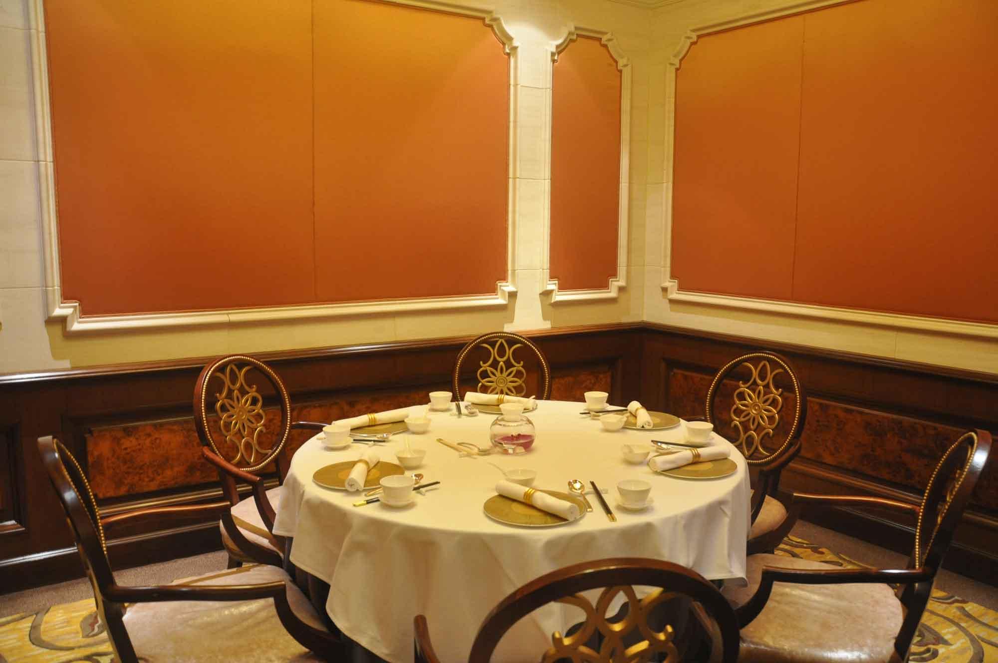 Grand Imperial Court MGM Macau table
