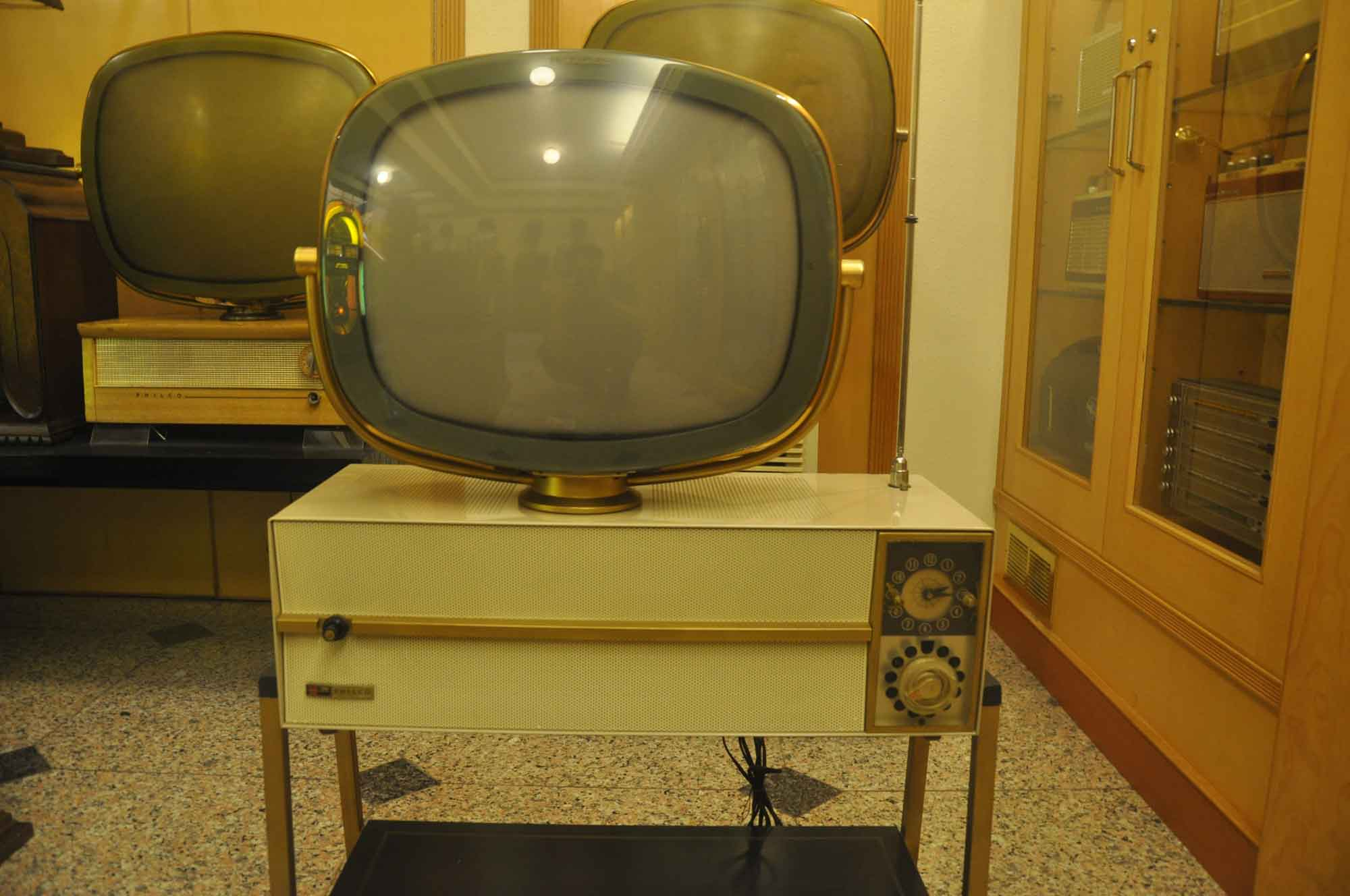 Vintage Sounds Museum vintage television