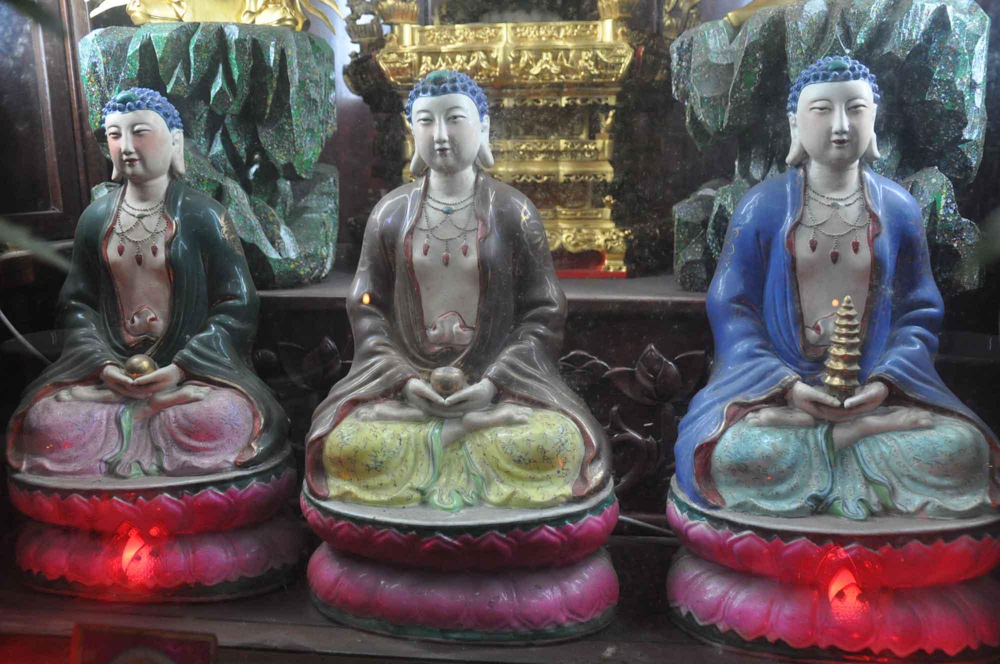 Kun Iam Temple temple deities