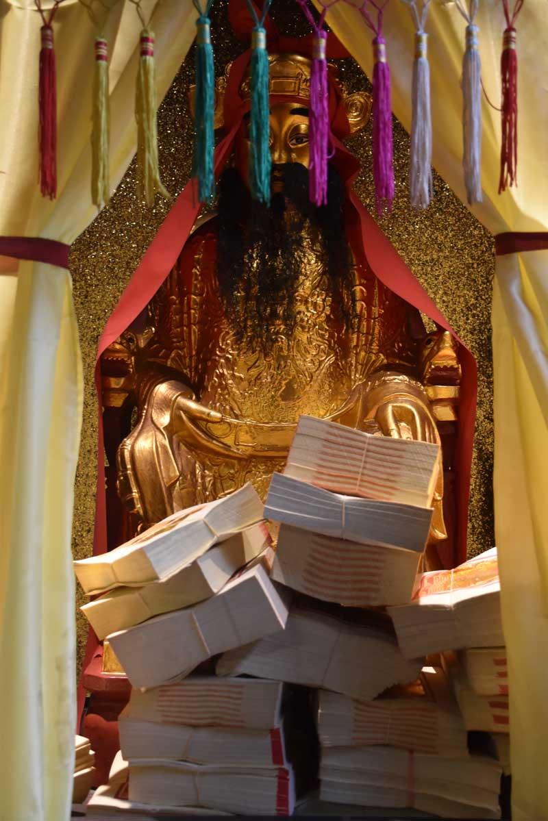 Hong Kung Temple Hong Kung deity