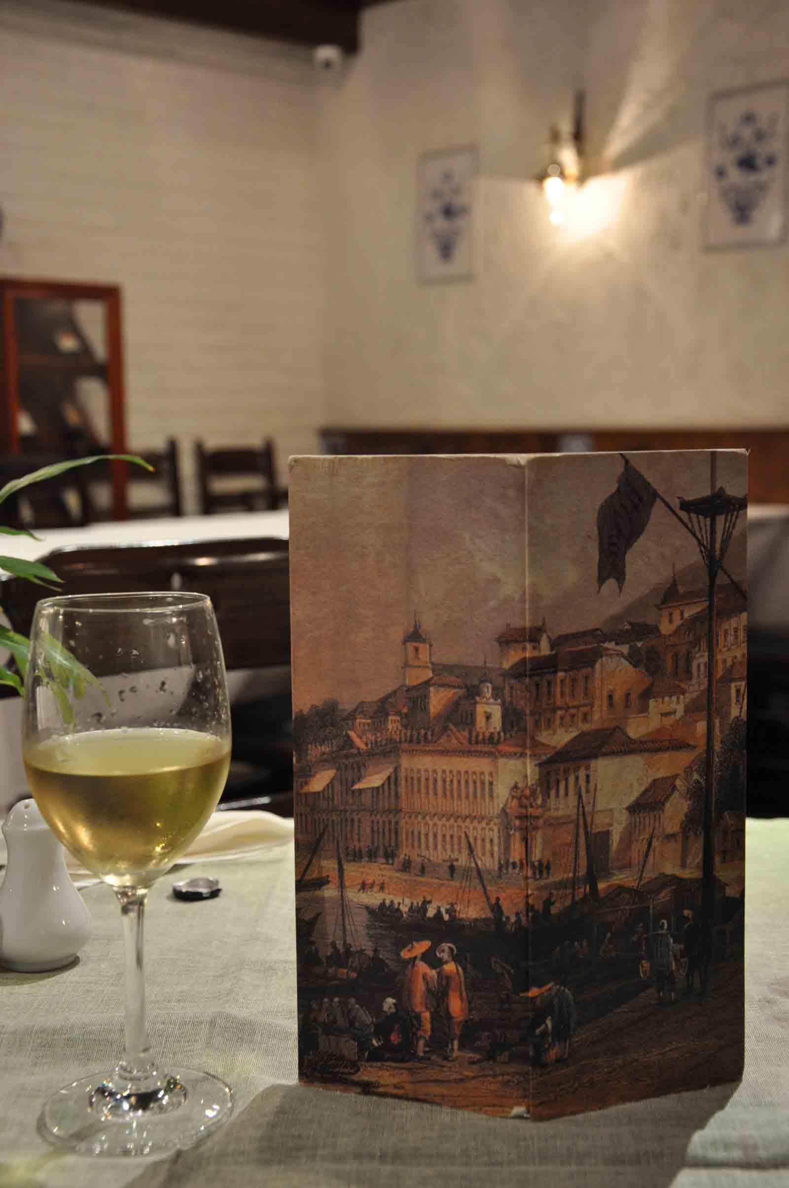 Litoral Macau menu and white wine