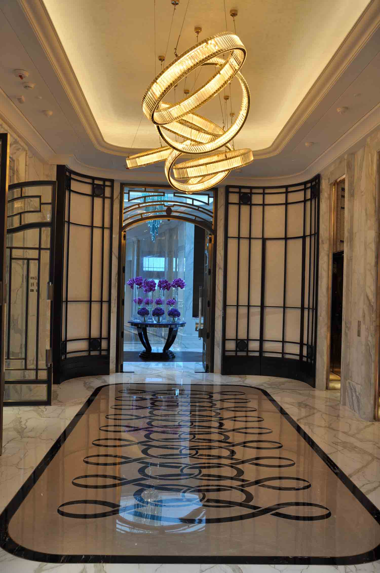 Ritz-Carlton Macau hallway