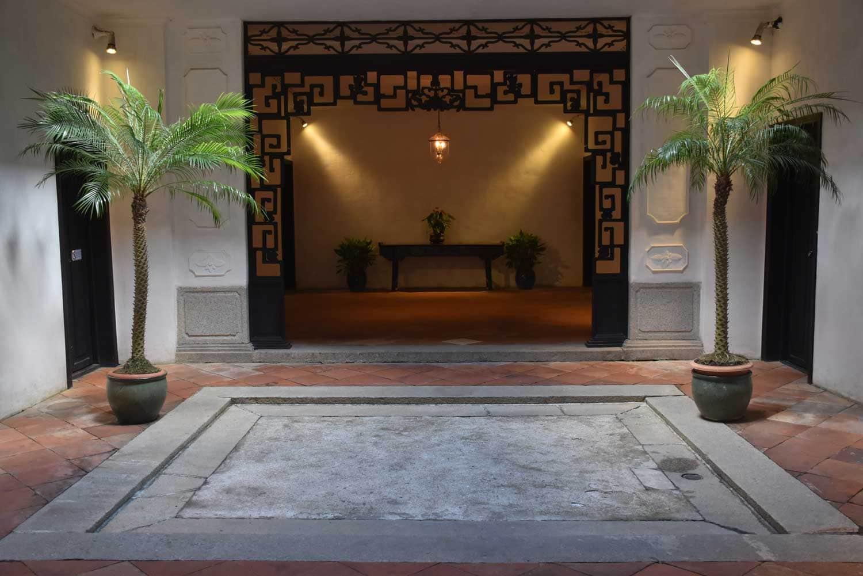 Macau world heritage site: Mandarin House room