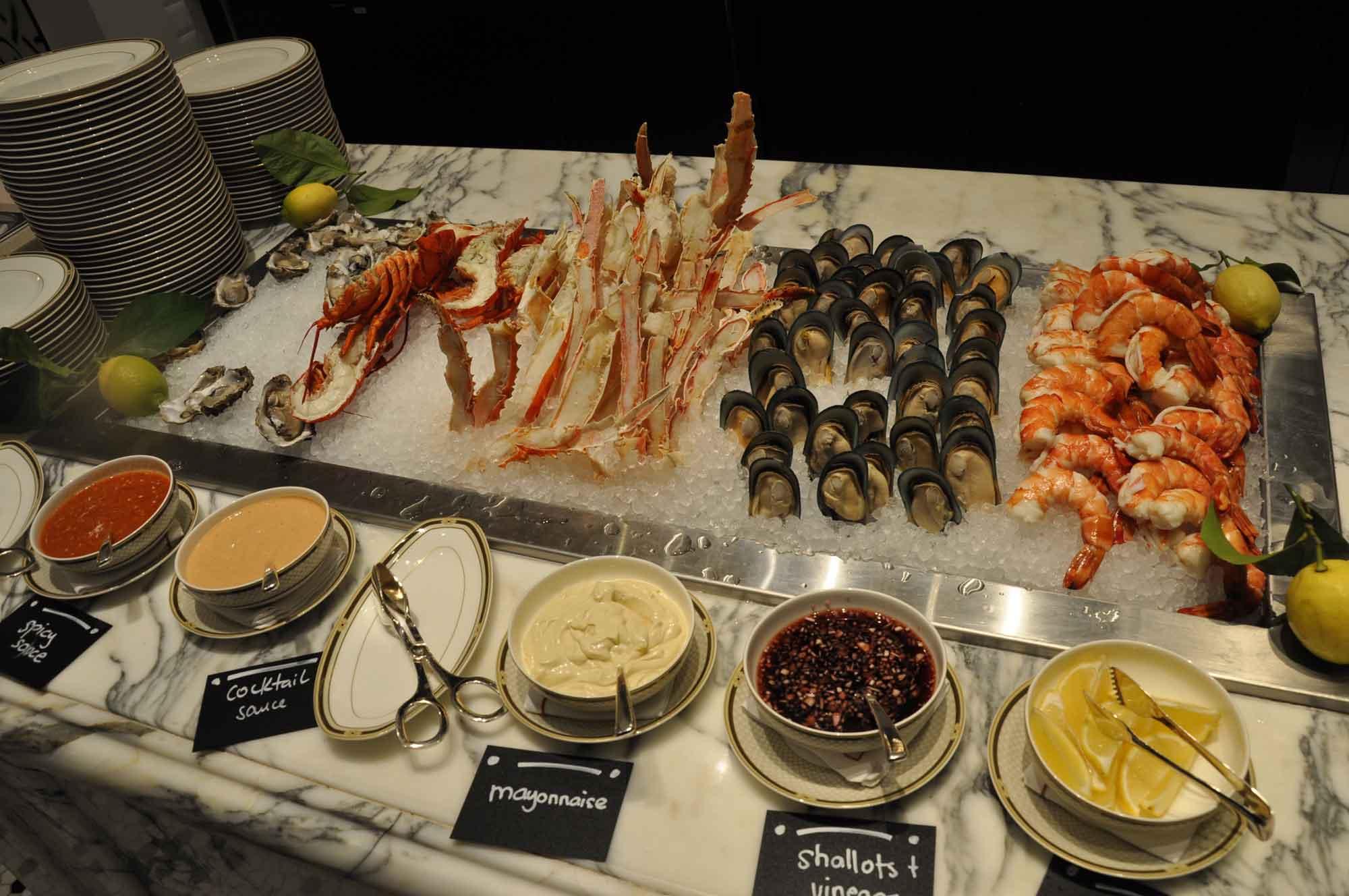 Ritz-Carlton Cafe Macau seafood section