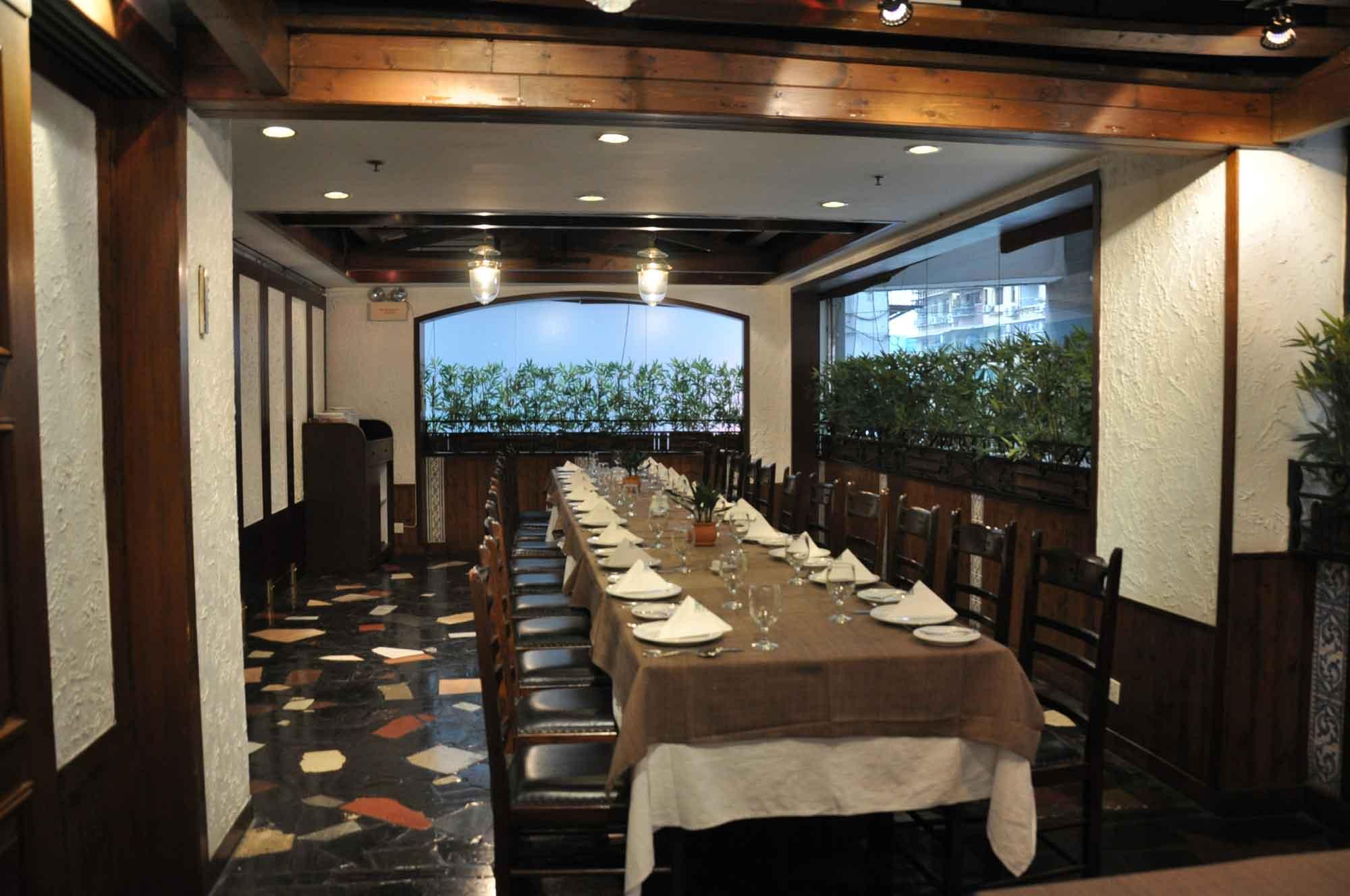 Litoral Macau upstairs seating