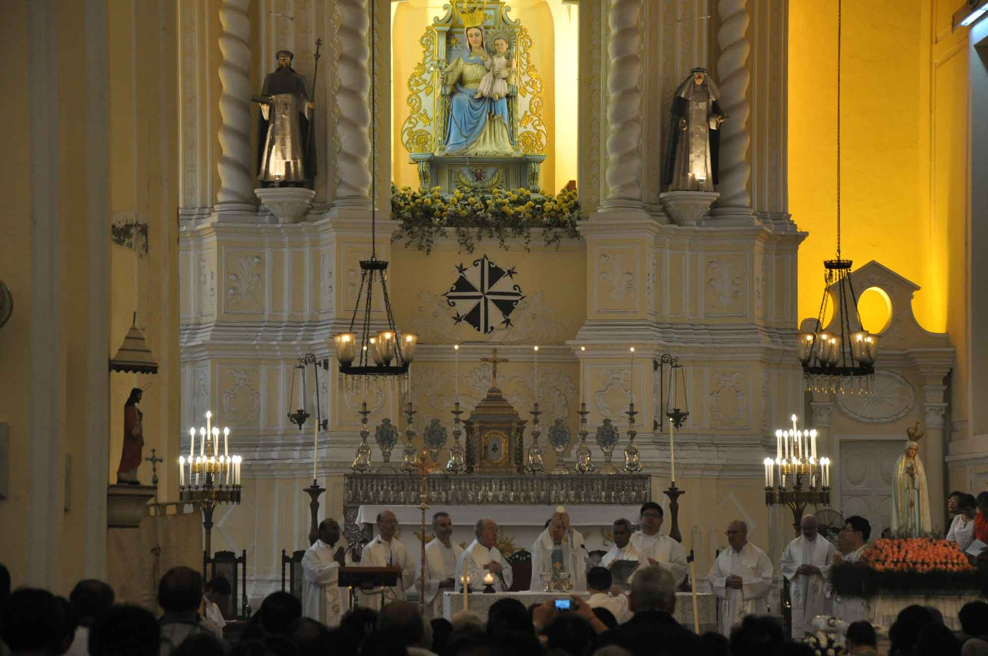Macau's Our Lady of Fatima Procession St Dominics Church service