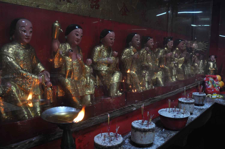 Tai Soi(Temple of Sleeping Buddha) statue deities
