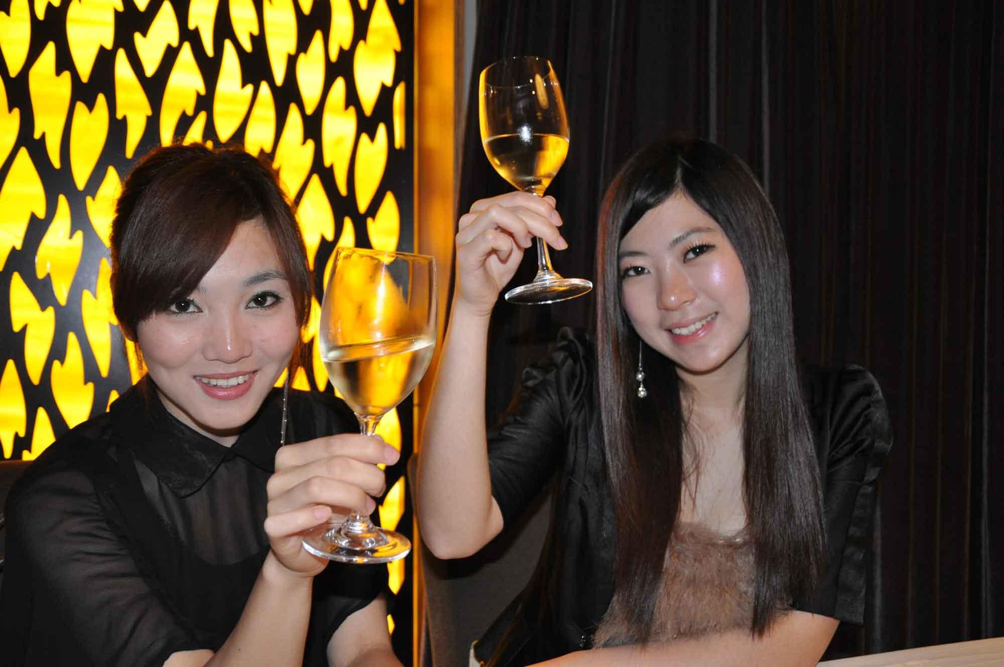 Fat Siu Lau pretty girls