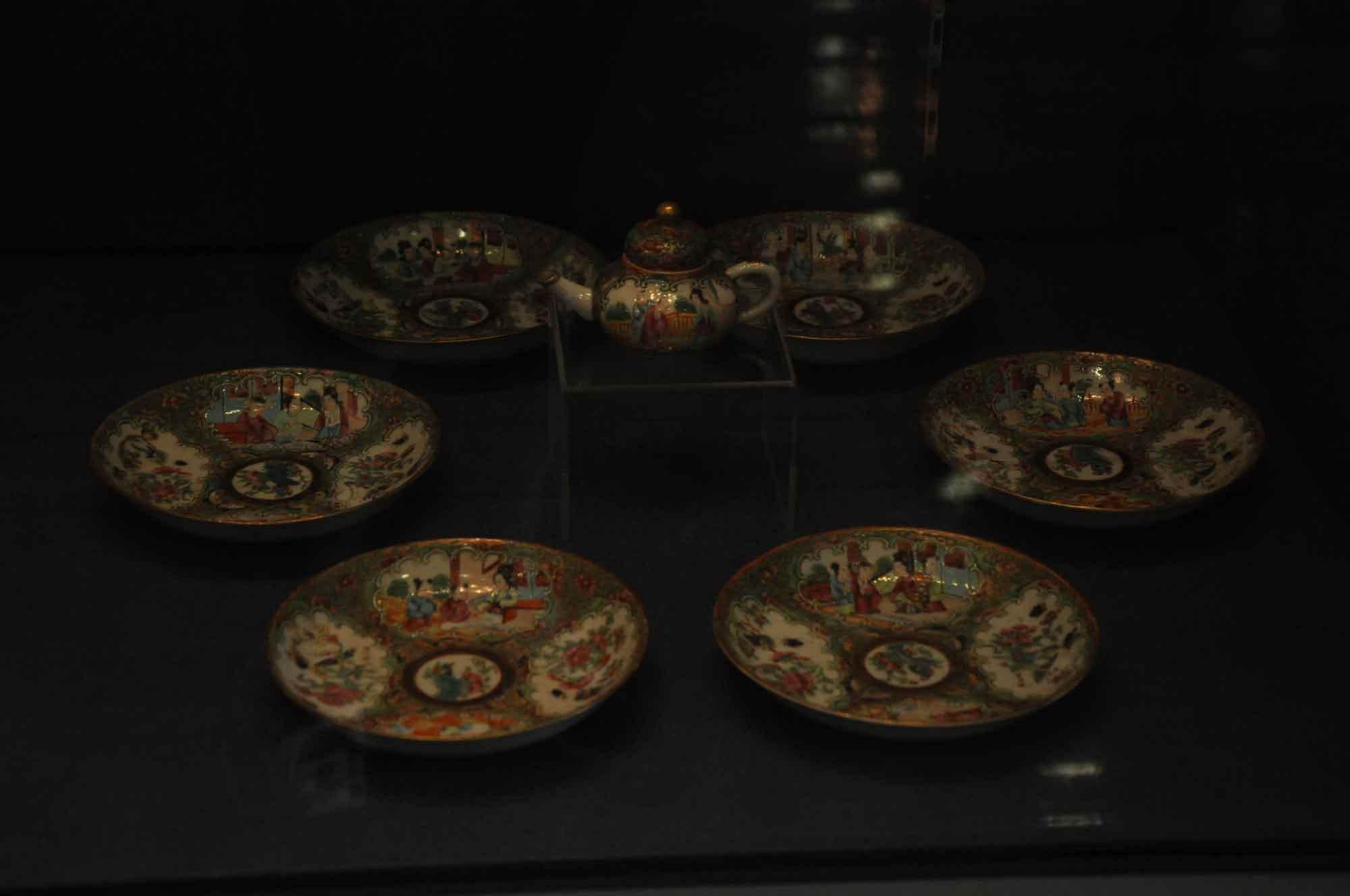 Macau Tea and Culture House tea pot and plates
