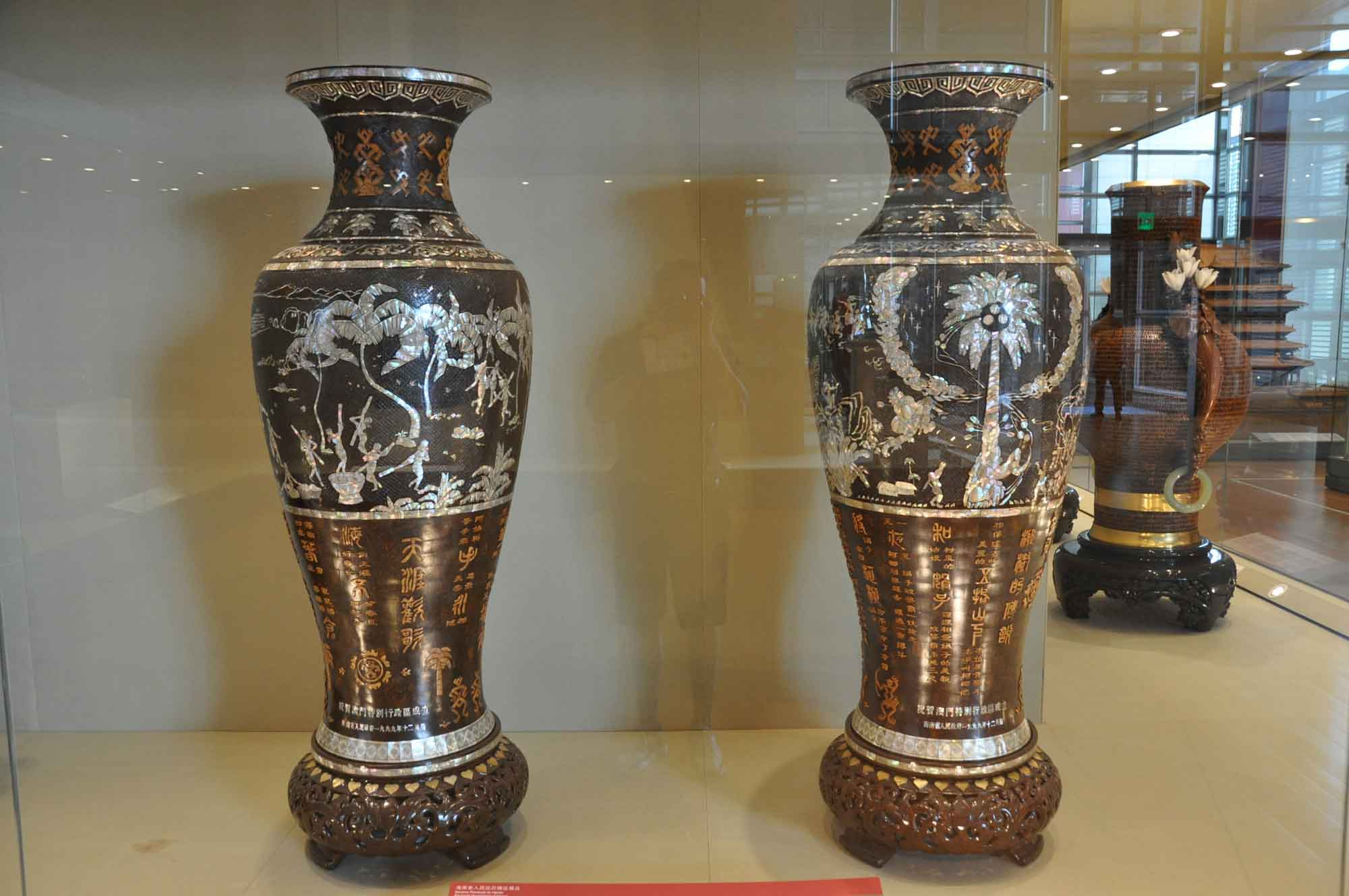 Handover Gifts Museum Macau Hainan island coconut vases