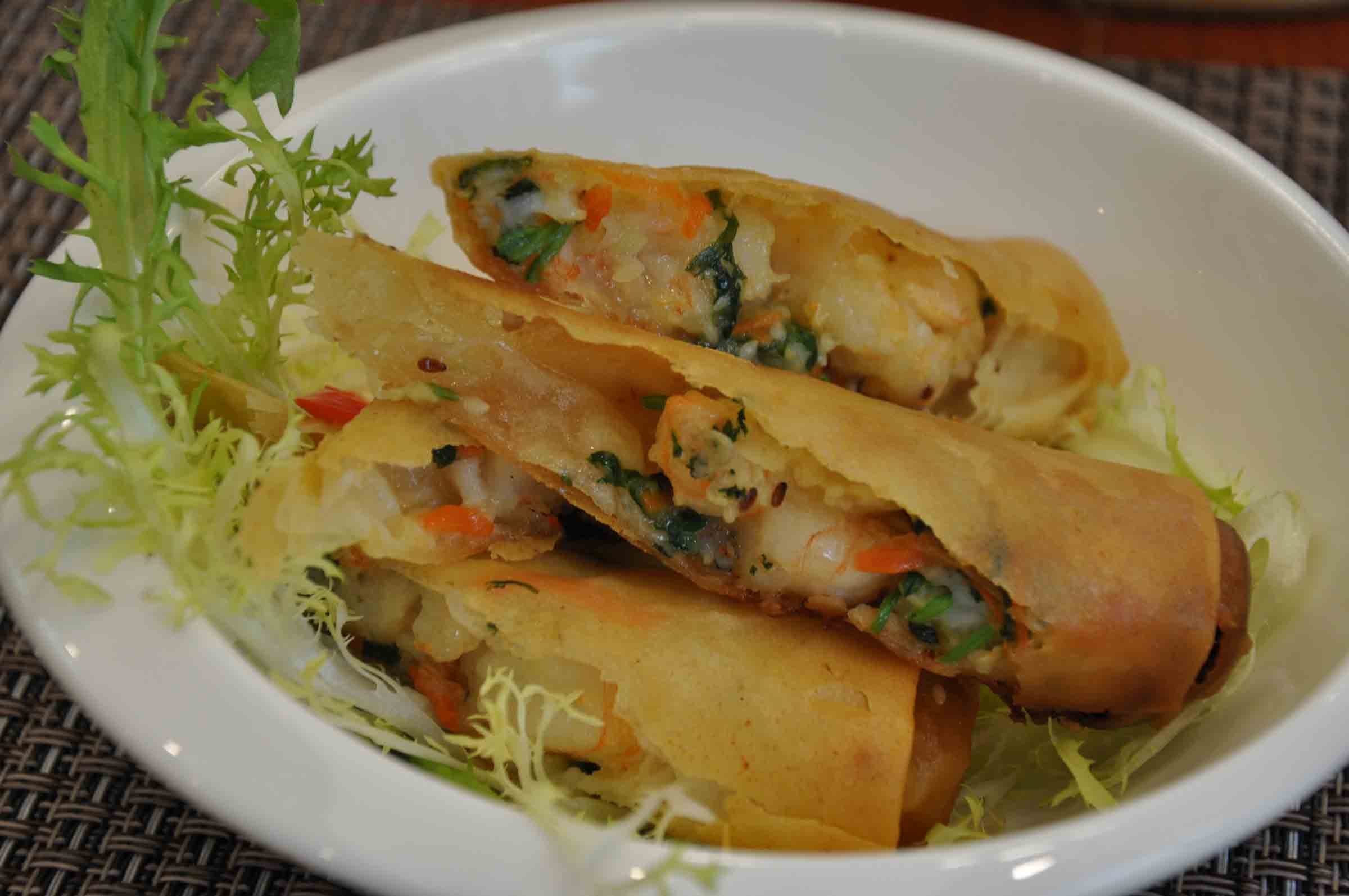 Best Macau Restaurants: Shrimp Rolls at Campo De Dragon