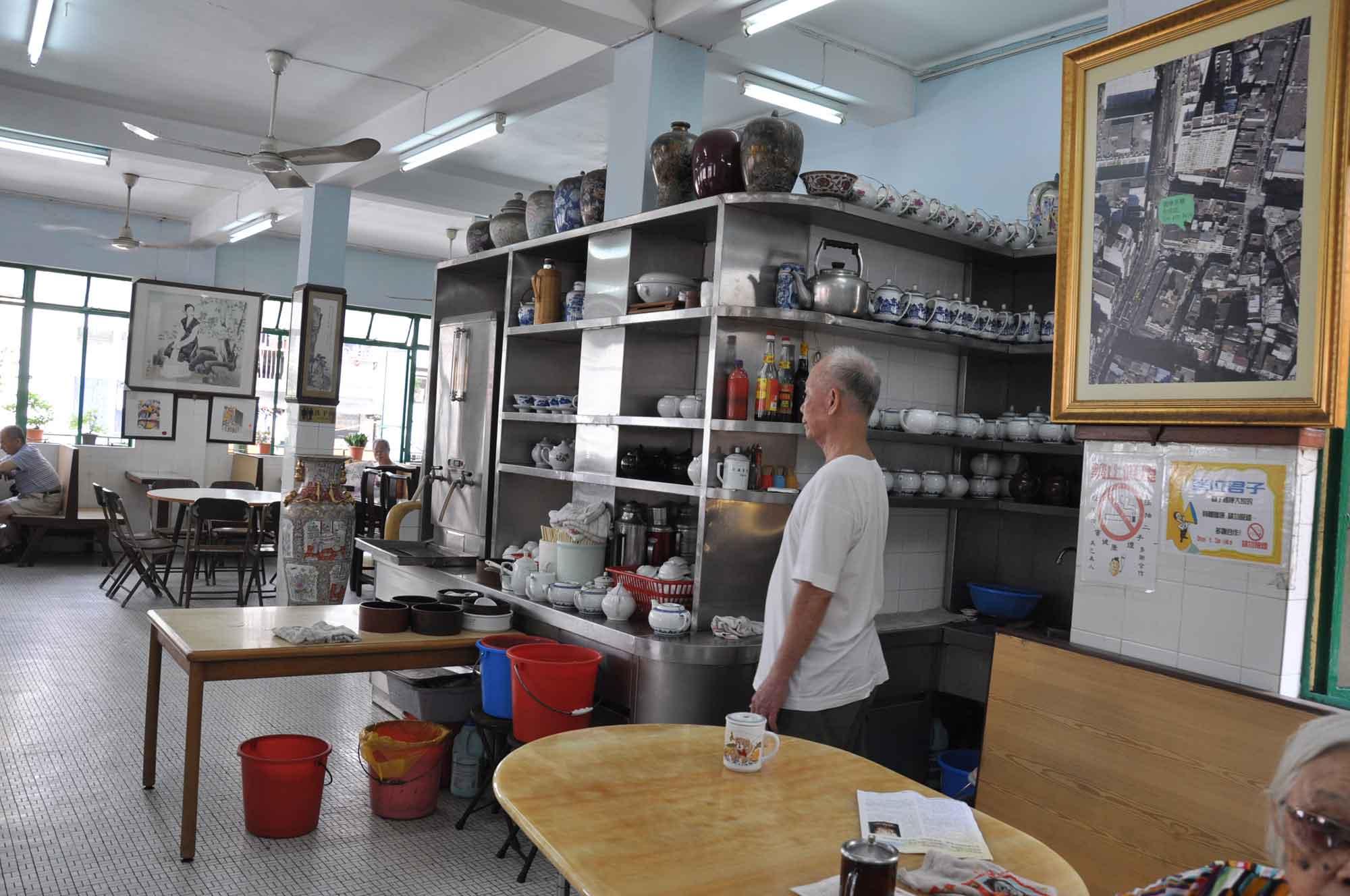 Long Wa Teahouse interior