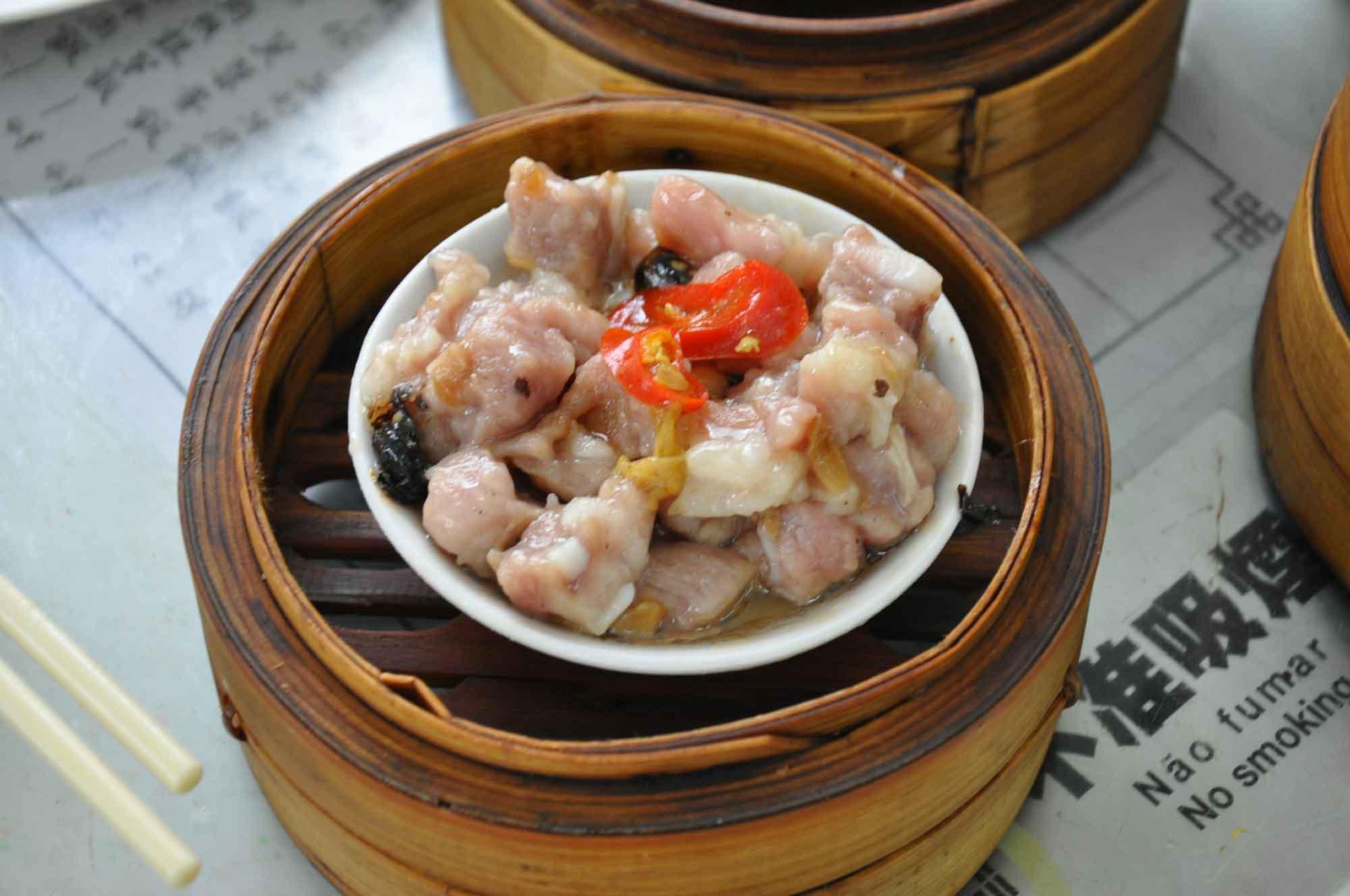 Long Wa Teahouse Macau steamed pork ribs