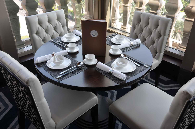 La Chine Macau tables and chairs