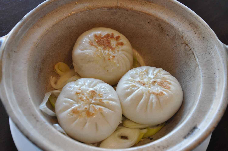 "La Chine Macau Pan Fried Buns Filled with ""Steak au Poivre Beef"" in Black Pepper Sauce"