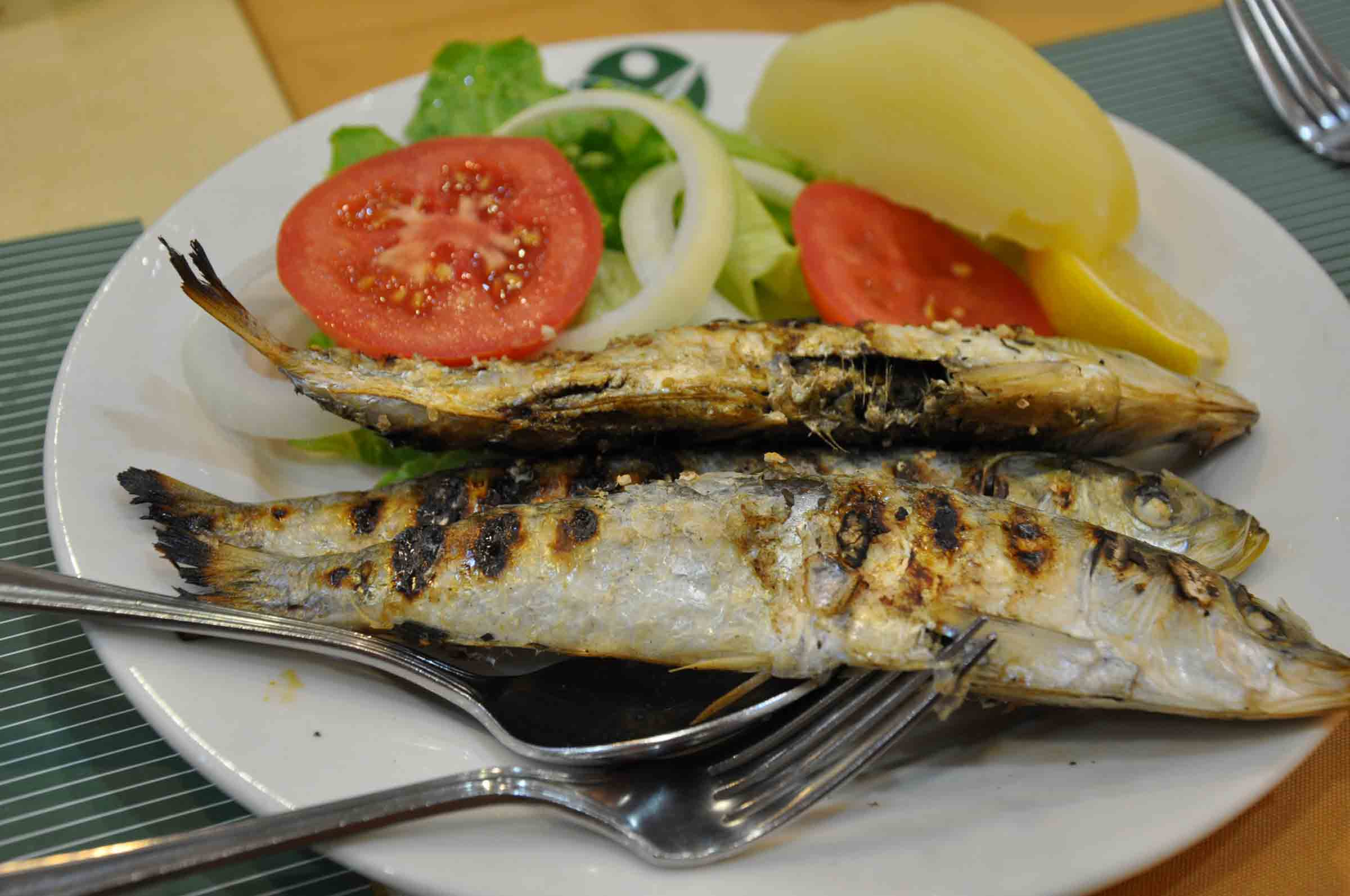 Best Macau Restaurants: Apo Mac Grilled Sardines